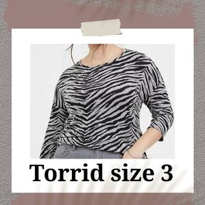 Torrid Super Soft Plush t-shirt plus size 3X/22/24